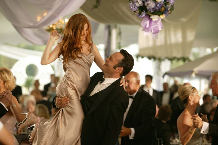celebrity wedding news Taylor Swift becomes a wedding crasher