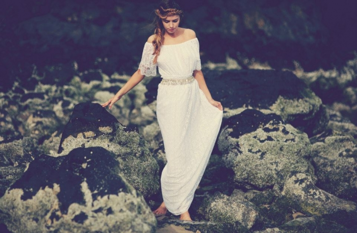 bohemian bride at a beach wedding bridal gown beauty inspiration 11