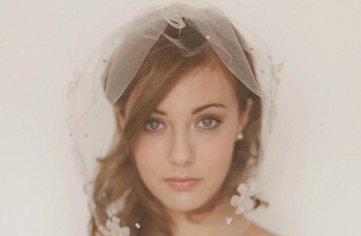 tulle wedding accessories for romantic brides from Etsy beige