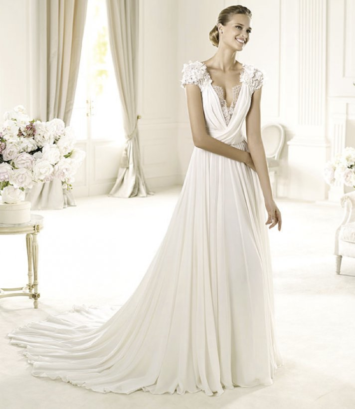 2013 wedding dress Elie Saab bridal collection for Pronovias Louisse 2