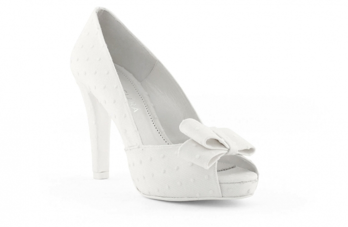 wedding shoes bridal heels by Rosa Clara 2013 2