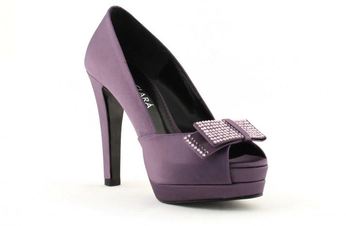 wedding shoes bridal heels by Rosa Clara 2013 colored purple