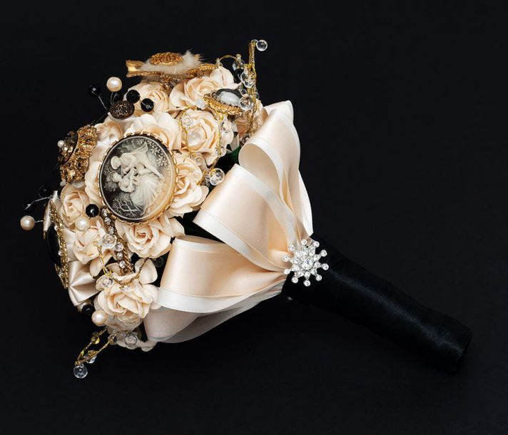 elegant brooch bouquet cream gold black