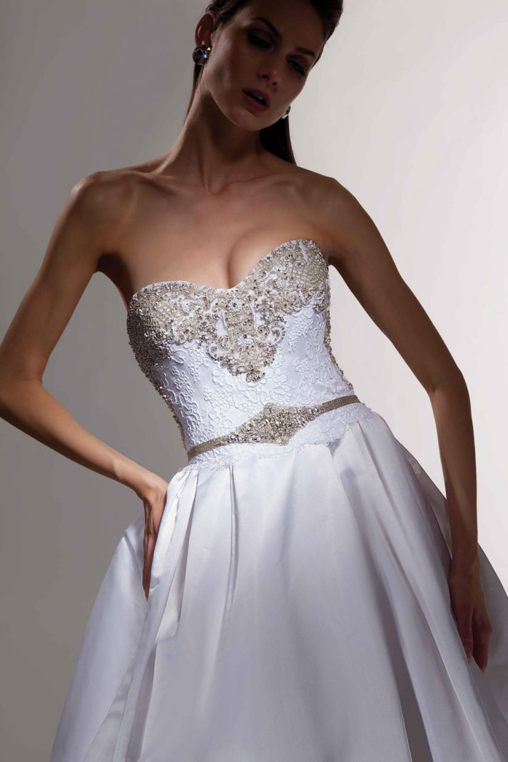 covetable wedding gowns 2013 bridal Victor Harper Couture 114 detail