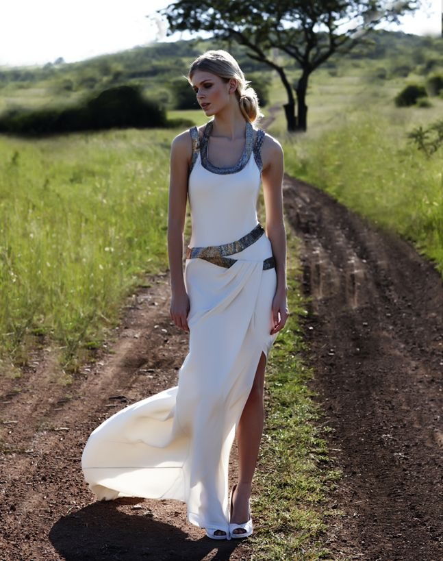 vintage inspired wedding gowns retro glam brides by Amanda Wakely 6