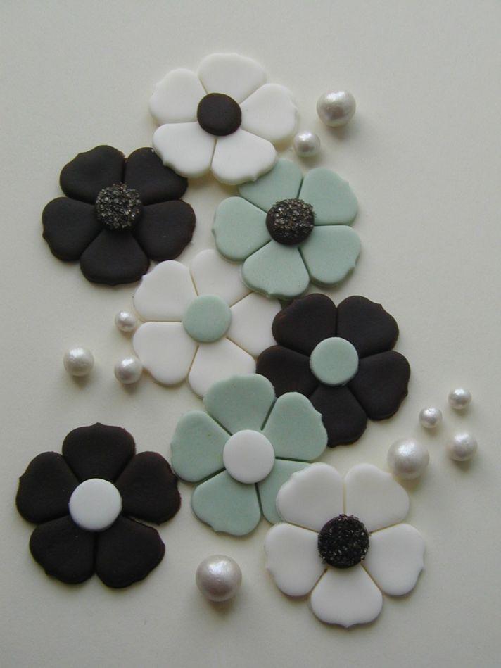 fondant wedding finds to add sweetness to handmade weddings cake flowers black white aqua