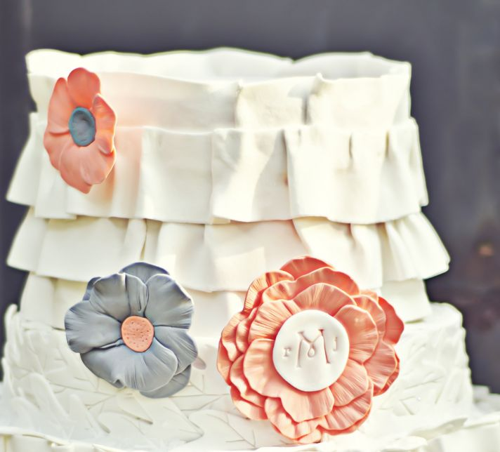 fondant wedding finds to add sweetness to handmade weddings coral gray silver