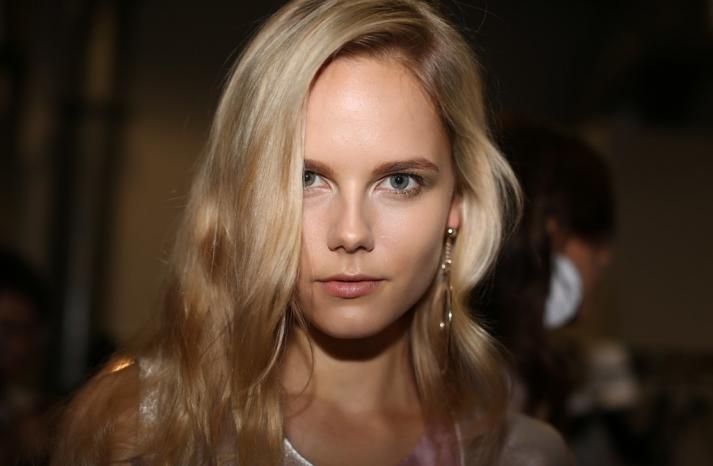 wedding hair makeup inspiration trends Milan fashion week emporio armani 1