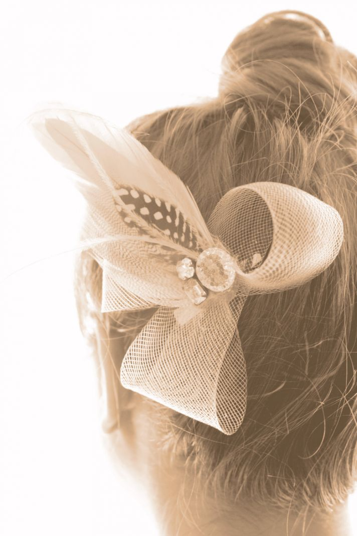 gorgeous wedding hair accessory fascinator