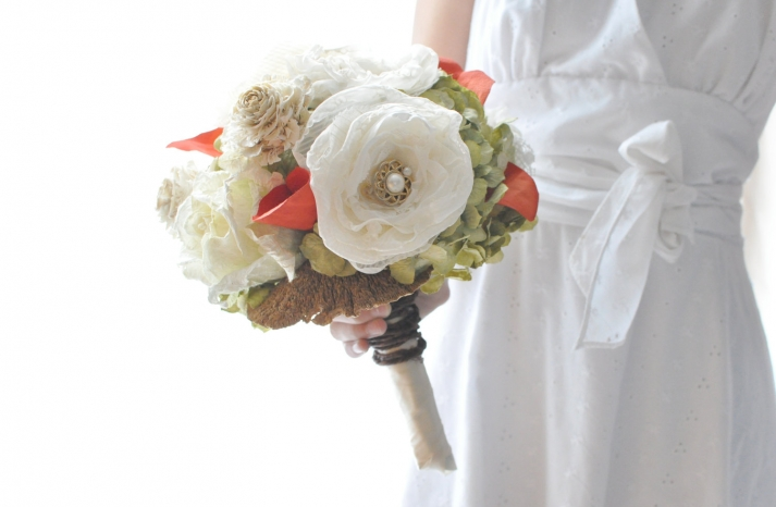 fall wedding flowers bouquets and centerpieces paper flowers