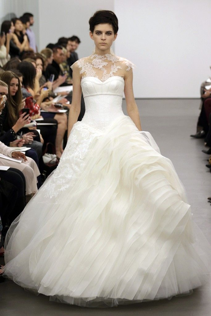 Return to romance with vera wang fall 2013 onewed for Where to buy vera wang wedding dresses