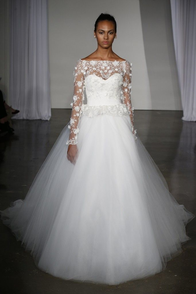 17 stunning fall 2013 wedding dresses by marchesa onewed for Dresses for a fall wedding