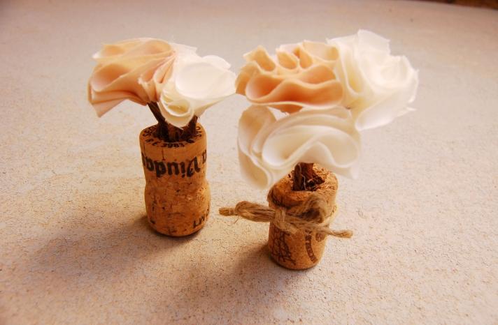 Handmade Wedding Finds for Unique Weddings Cork mini centerpieces