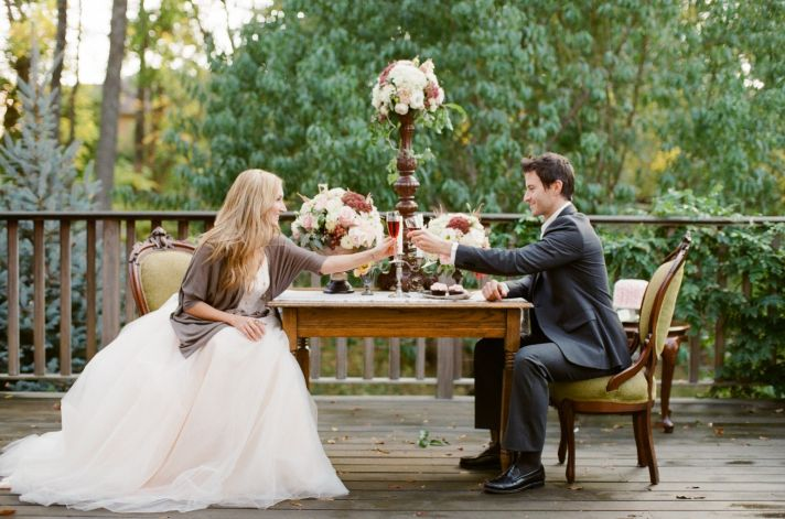 Romantic Outdoor Wedding Shoot for Couples 1 Year Anniversary