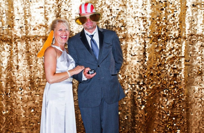 Priceless Wedding Photo Booth Pictures