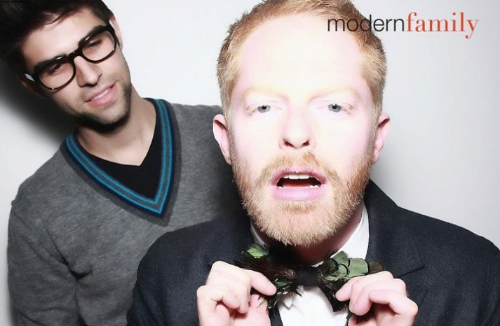Modern Family Star Wears Feather Bow tie to wedding