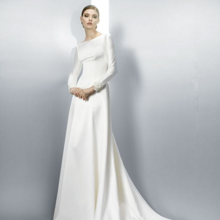 swoon worthy soiree bridal collection from jesus peiro