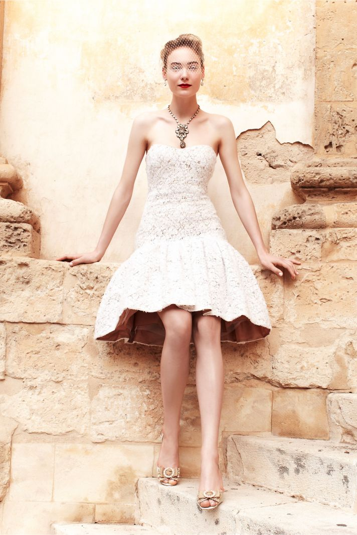 Badgley mischka teams up with anthropologie 39 s bhldn onewed for Anthropologie beholden wedding dress