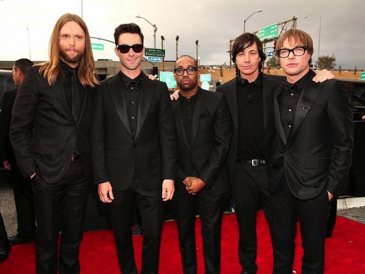 Maroon 5 at 2013 Grammys All Black