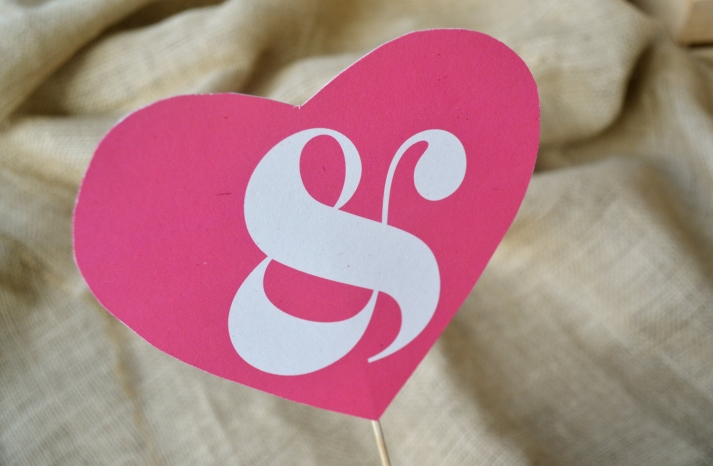 Pink heart wedding sign with ampersan