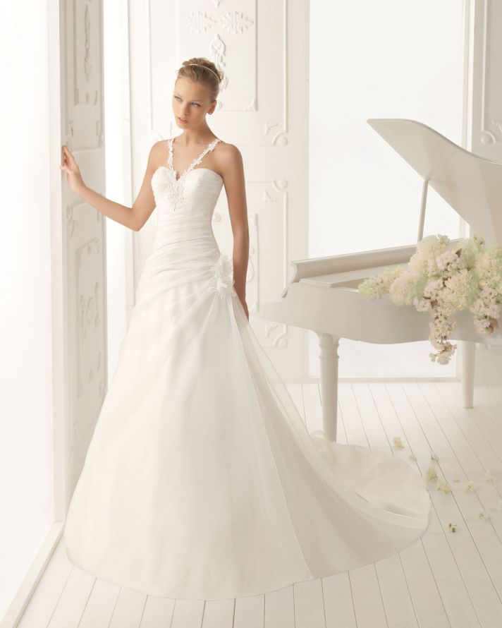 Aire Barcelona Wedding Dress 2013 Vintage Bridal Collection Varsovia