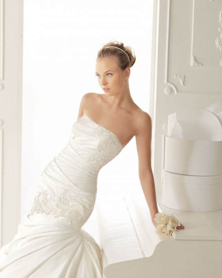 Aire Barcelona Wedding Dress 2013 Vintage Bridal Collection Valy 2