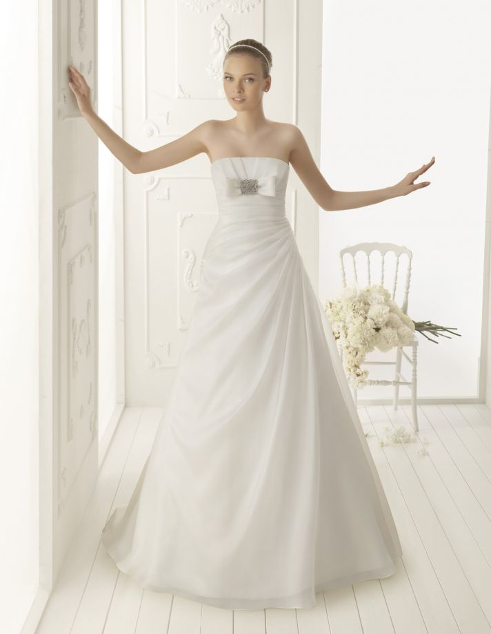 Aire Barcelona Wedding Dress 2013 Vintage Bridal Collection Vainilla