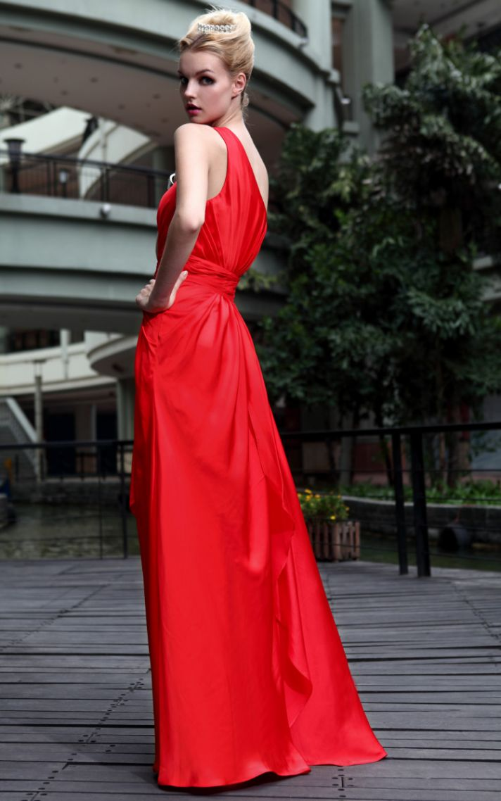 Classic red bridesmaid dress long