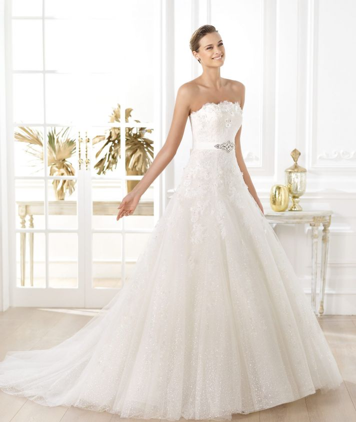 Pronovias wedding dress pre 2014 Glamour bridal collection Licera
