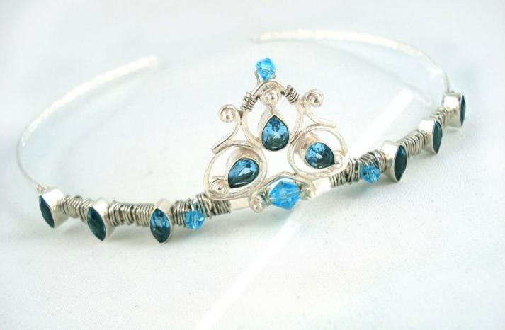 Something blue for budget brides 1