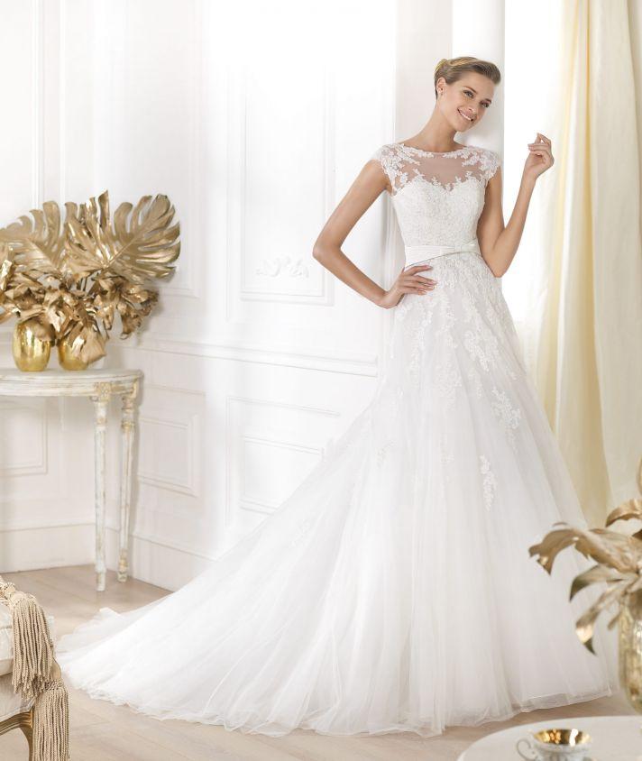 Pronovias wedding dress pre 2014 Glamour bridal collection Lianna