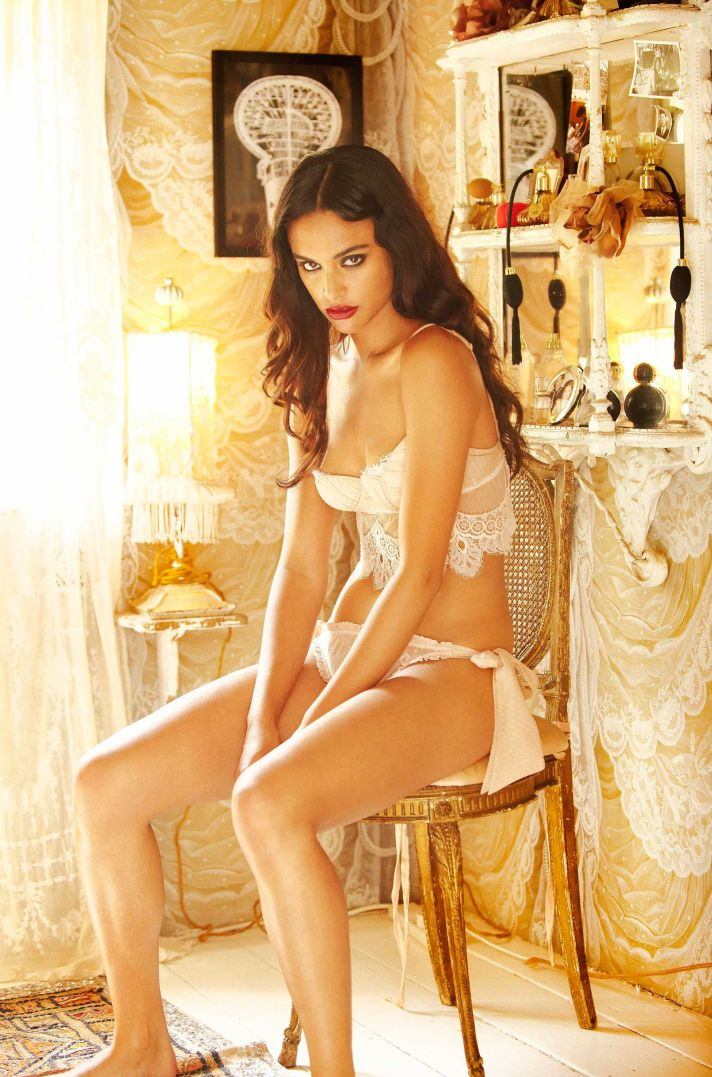 Honeymoon and wedding night lingerie from Shell Belle Couture 11