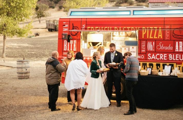 Food truck at outdoor wedding top trends of 2013