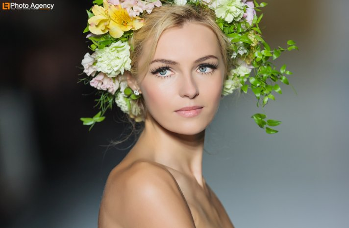 Pronovias bridal 2014 wedding dress runway show statement lashes