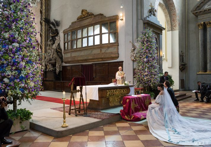 Traditional catholic wedding ceremony for Caroline Sieber