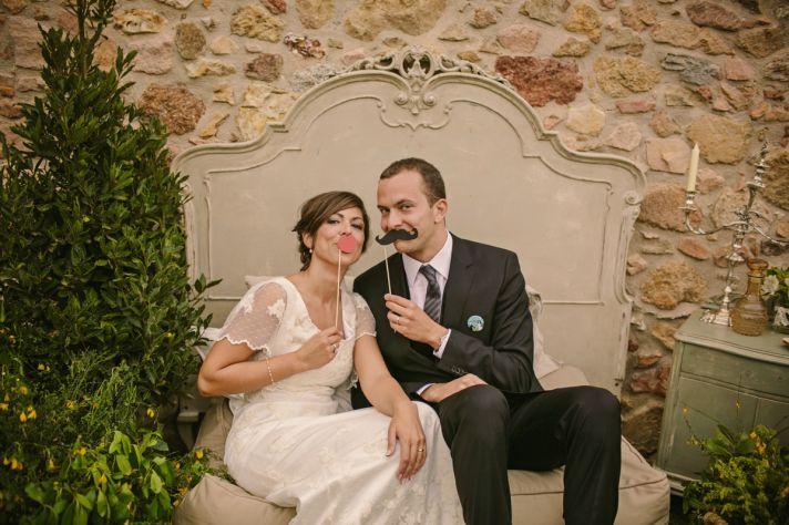 Real Spanish Wedding Otaduy Wedding Dress Outdoor Romantic Bride and Groom Photo Props