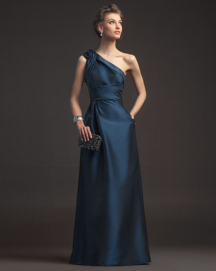 Gorgeous 2014 Bridesmaid Dresses from Aire Barcelona Vintage irridescent blue and champagne