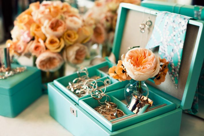 Tiffany and Co jewelry box with peach garden roses