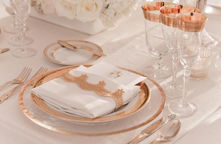 elegant rose gold and white wedding table