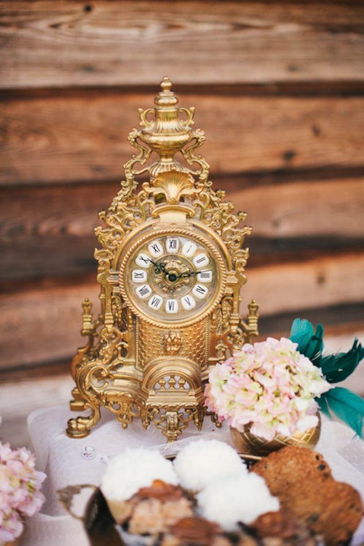 Alice in Wonderland Gold Clock Decor
