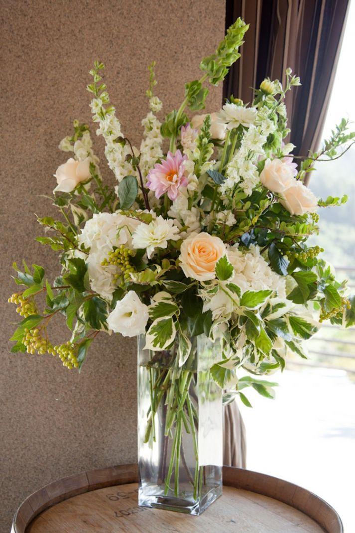 Ceremony bouquet decor