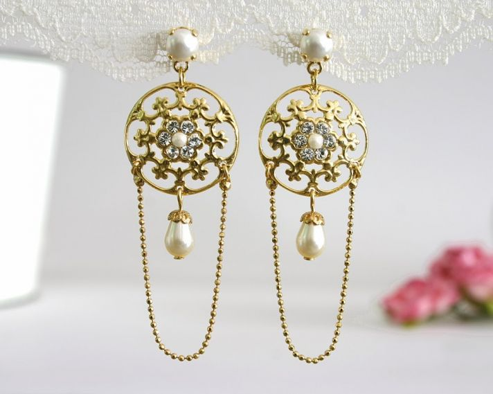 Fantastic gold pearl and diamond wedding earrings
