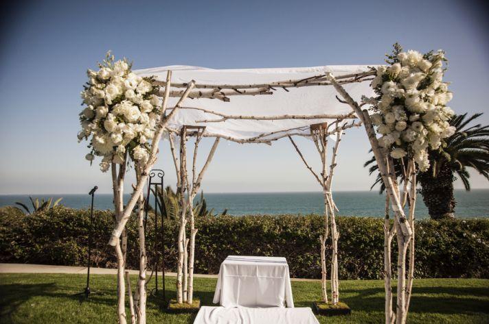 Exquisite outdoor altar
