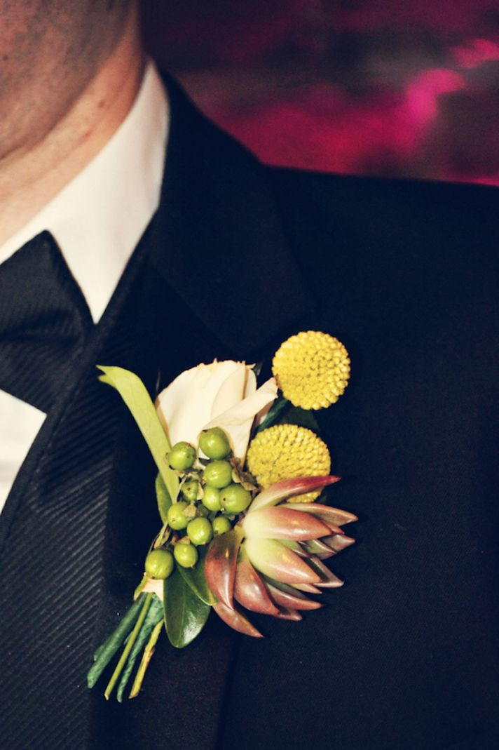 Simple billy ball boutonniere