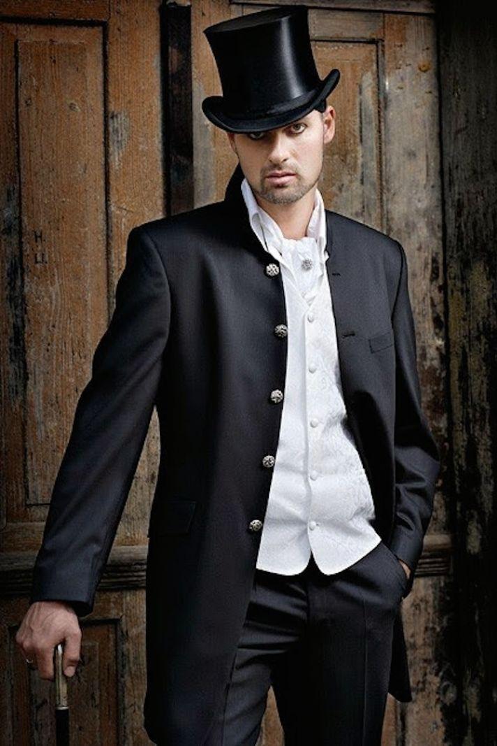 Ring Bearer Tuxedos For Wedding 23 Amazing Old fashioned tuxedo from