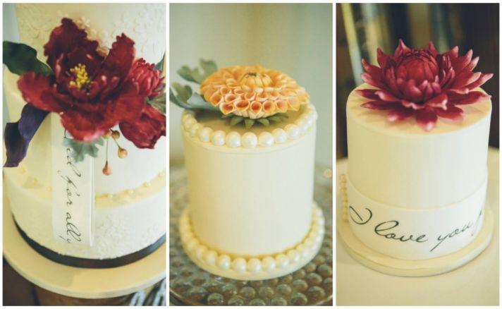 Vintage mini wedding cakes
