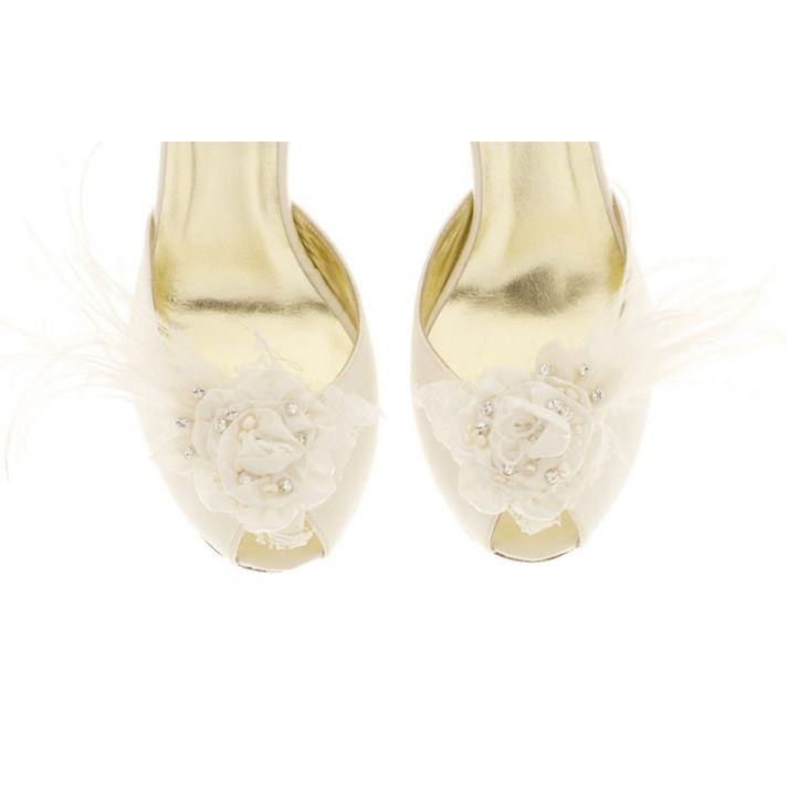 Tessa Shoe Clip with silk and crystal flower detail