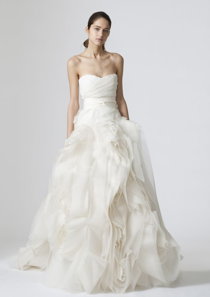 2013 celebrity weddings pick the star s perfect gown for Vera wang tea length wedding dress
