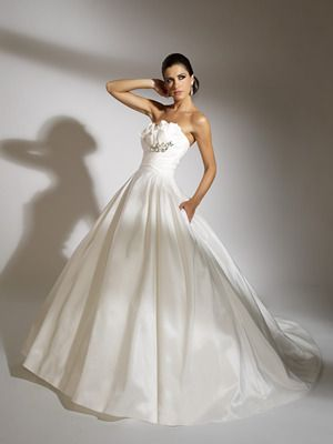 Jacquelin Exclusive Wedding Dress Style 19857 Dress Onewed